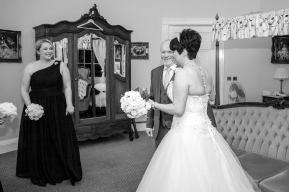 bridal-preparations-bw-34